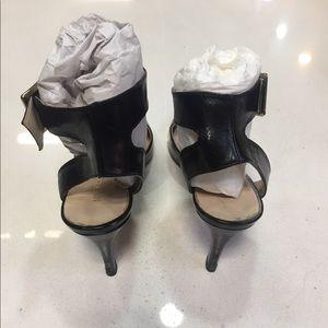 Nine West Shoes - Nine West Black Leather Sandals size 8